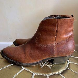 Golden Goose Deluxe Brand Western Bootie